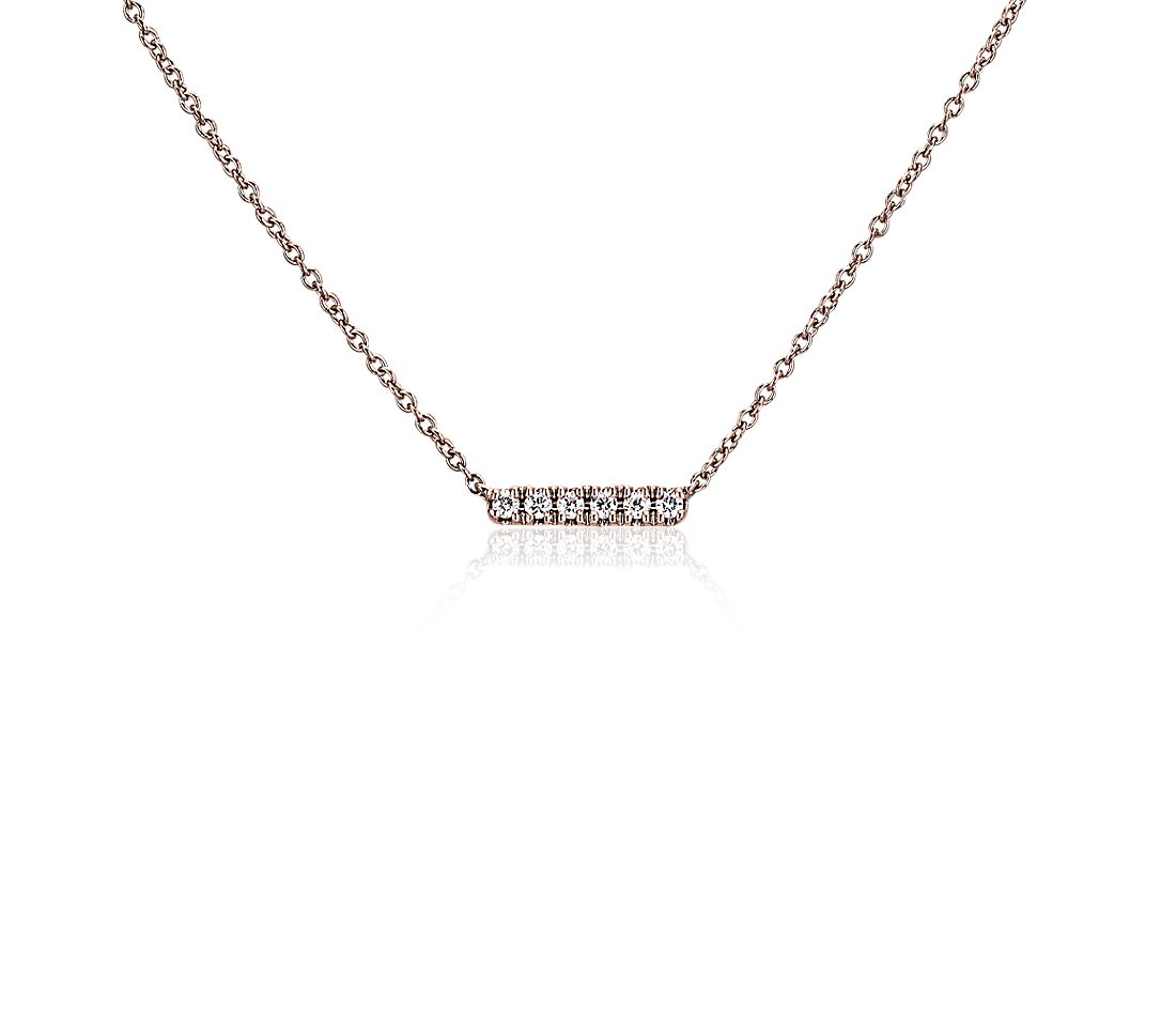 Petit collier barre en diamants en or rose 14 carats