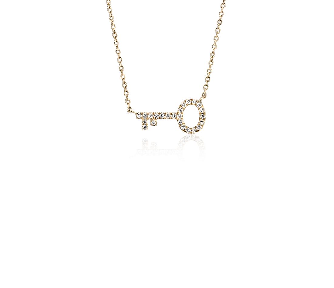 Mini Diamond Key Necklace in 14k Yellow Gold (1/10 ct. tw.)
