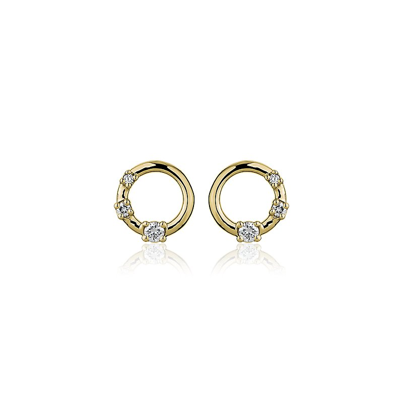 Mini Diamond Three-stone Open Circle Stud Earrings in 14k Yellow