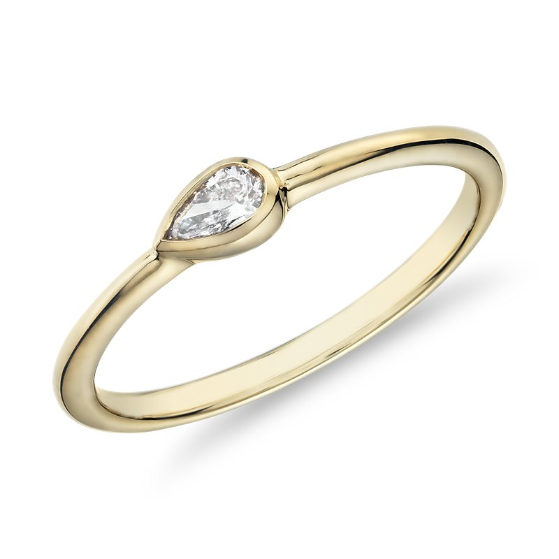 Mini Pear Shape Diamond Fashion Ring in 14k Yellow Gold (1/10 ct.