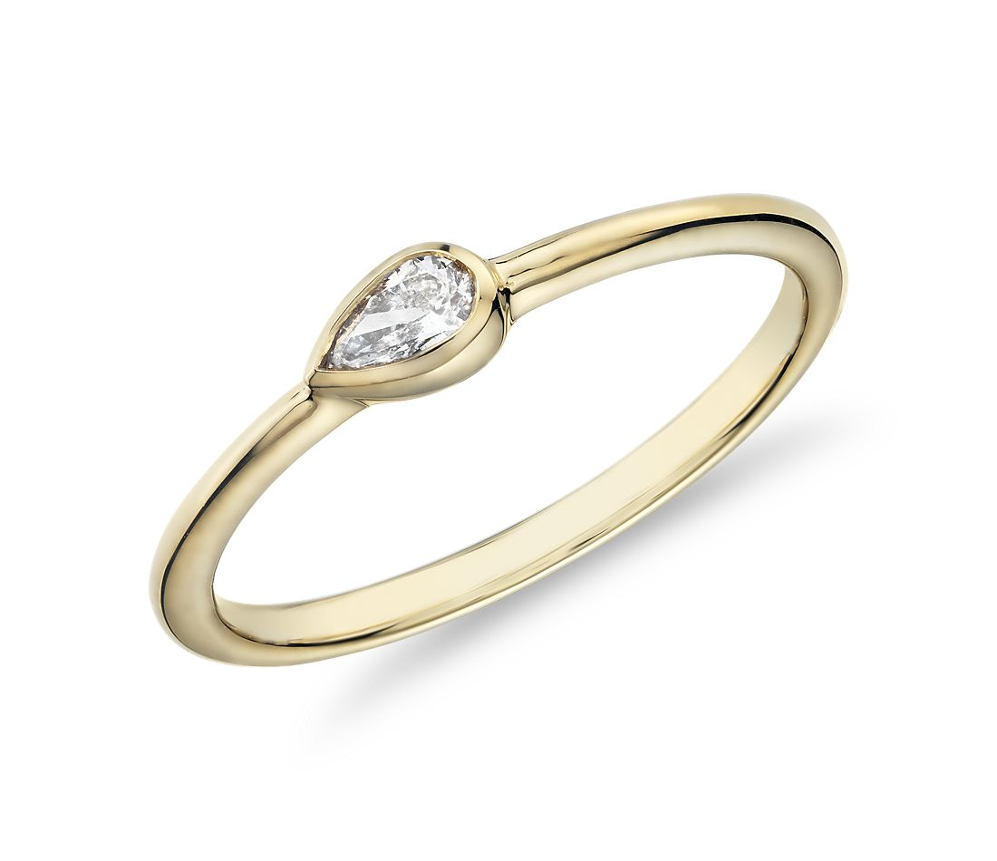 Mini Pear-Shaped Diamond Fashion Ring