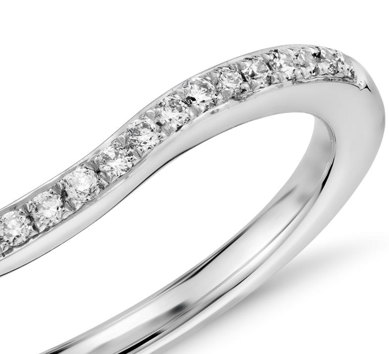 Bague en diamants sertis pavé Monique Lhuillier en platine (1/8carat, poids total)