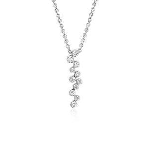 Colgante de diamantes tipo cascada de Monique Lhuillier en oro blanco de 18 k (1/4 qt. total)