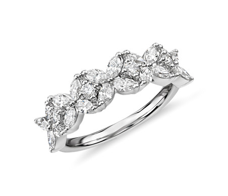 Monique Lhuillier Cherie Diamond Anniversary Ring in Platinum