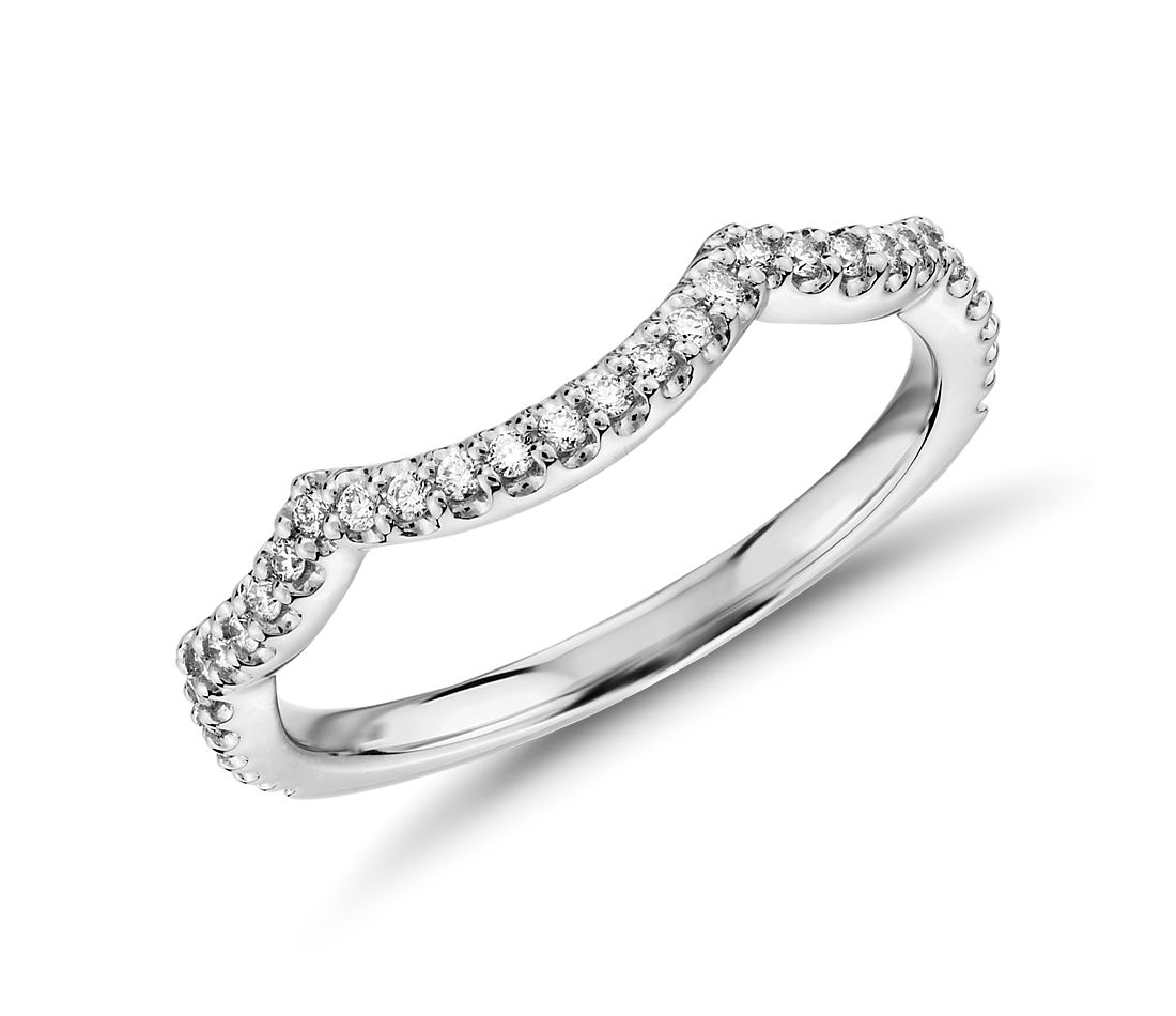 Monique Lhuillier Curved Diamond Band in Platinum (1/8 ct. tw.)