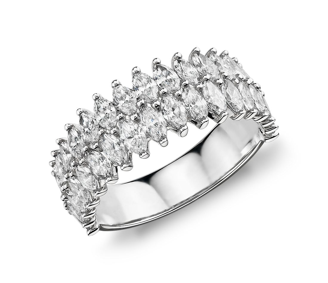 Anillo de diamantes de talla marquesa doble de Monique Lhuillier  en platino (2 1/3 qt. total)