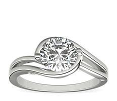 鉑金 Monique Lhuillier 單石訂婚戒指