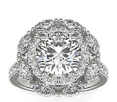 铂金 Monique Lhuillier 榄尖形花卉光环钻石订婚戒指<br>(3/4 克拉总重量)
