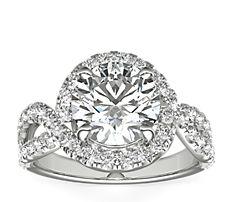 铂金 Monique Lhuillier 盘旋扭纹无限式钻石订婚戒指<br>(5/8 克拉总重量)