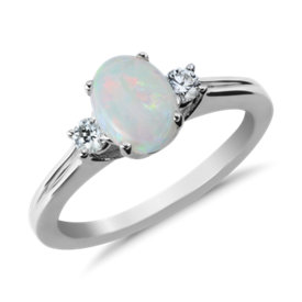 Opal and Diamond Ring in 18k White Gold (8x6mm)