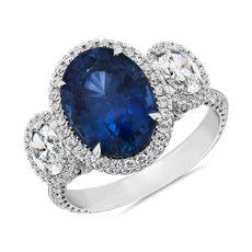 新款 18k 白金橢圓形切工藍寶石與鑽石三石戒指