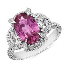 新款 18k 白金橢圓形切工粉紅色藍寶石與半月形鑽石戒指