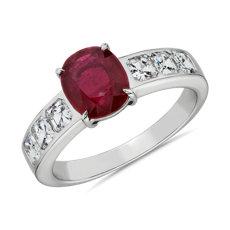 18k 白金橢圓形紅寶石與鑽石戒指
