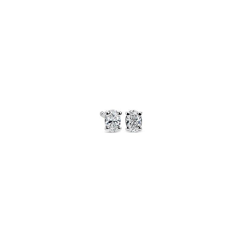Oval Diamond Stud Earrings in 14k White Gold (1/4 ct. tw.)