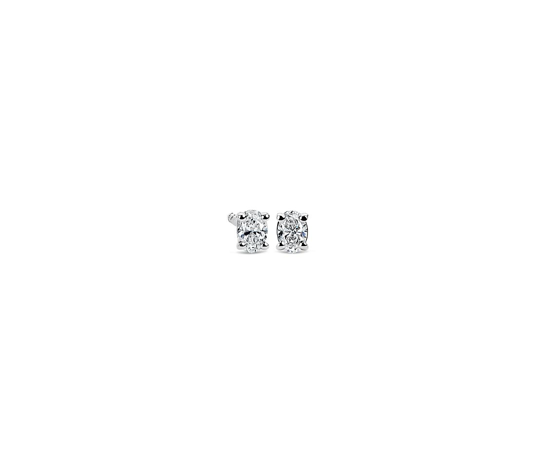 Oval Diamond Stud Earrings in 14k White Gold (1/4 ct. tw.)