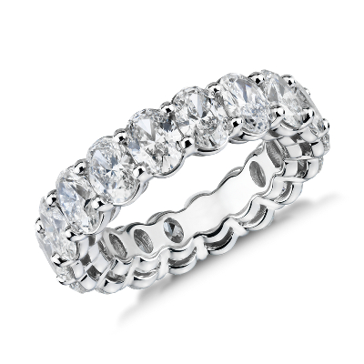 新款 鉑金 橢圓形切工鑽石永恆戒指 <br>( 5.5 克拉總重量)