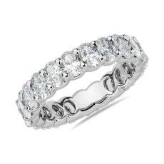 新款铂金椭圆形钻石永恒戒指(3 克拉总重量)