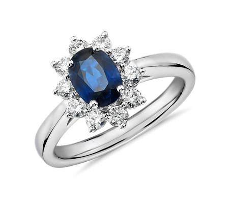Anillo con halo de diamante en forma de estrella y zafiro ovalado en oro blanco de 14 k (7x5mm)