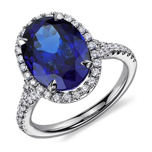 Oval Tanzanite And Diamond Ring In 18k White Gold 6 72 Ct