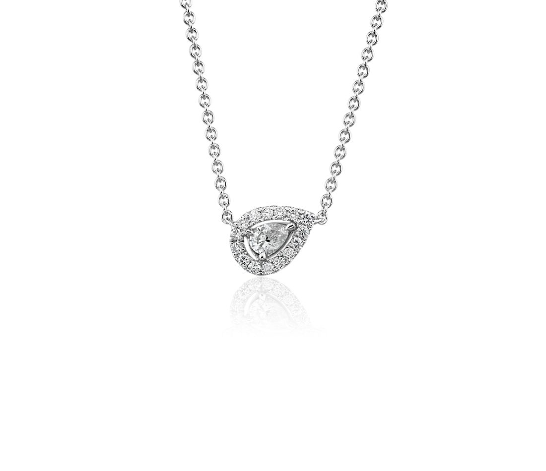 Pear-Shaped Diamond Halo Pendant in 14k White gold (1/4 ct. tw.)