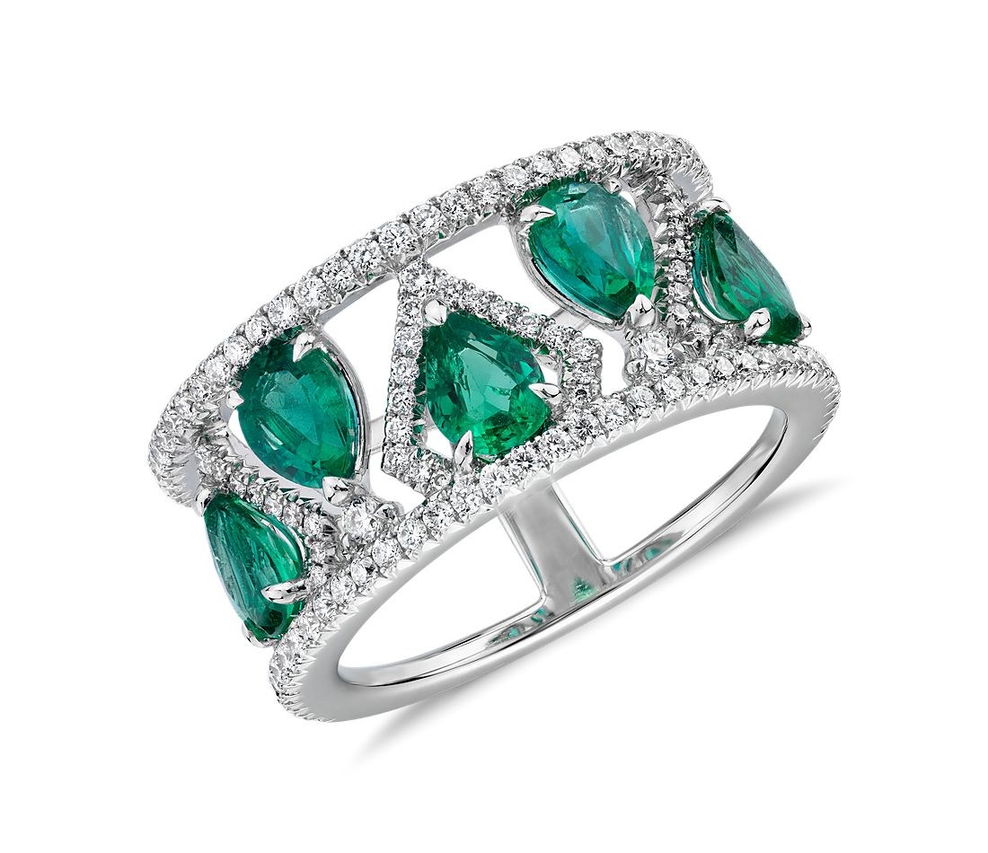 Pear-Shaped Emerald and Open Diamond Shank Ring in 18k White Gold (5x4mm)