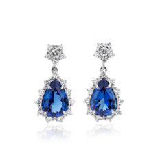 Pendants d'oreilles tanzanite forme poire avec halo de diamants motif soleil en or blanc 18 carats (12 x 8 mm)