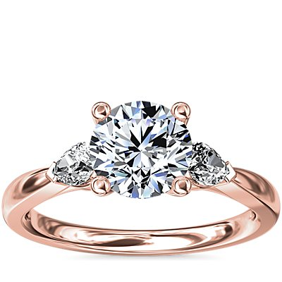Pear Sidestone Diamond Engagement Ring in 14k Rose Gold (1/4 ct. tw.)
