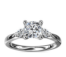 Pear Sidestone Diamond Engagement Ring in Platinum (1/4 ct. tw.)