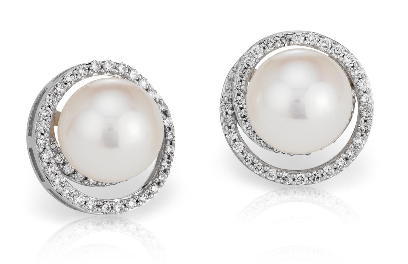 Boucles d'oreilles diamant et perle de culture d'eau douce en or blanc 14carats