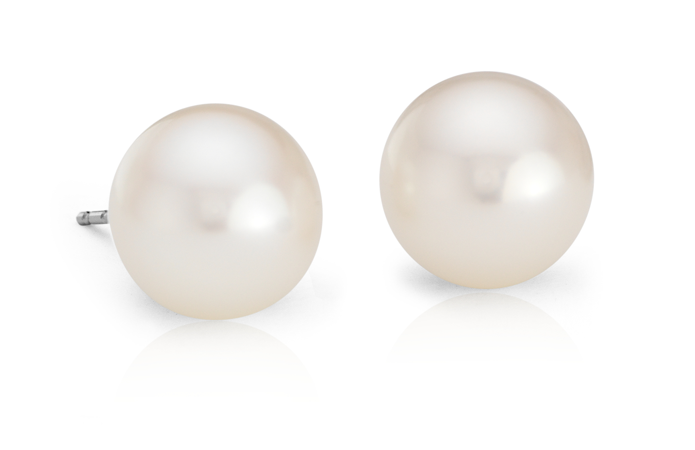 Freshwater Cultured Pearl Stud Earrings in 14k White Gold (9mm)