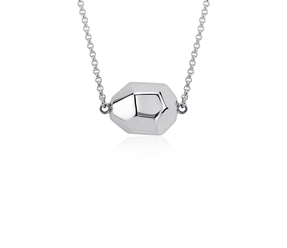 Pebble Necklace in Sterling Silver