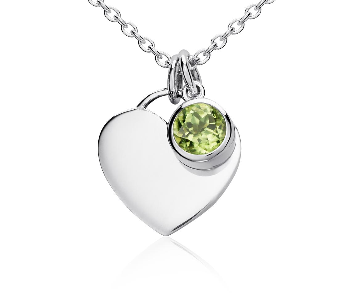 Colgante con forma de corazón para piedra natal de peridoto en plata de ley (Agosto) (4,5mm)
