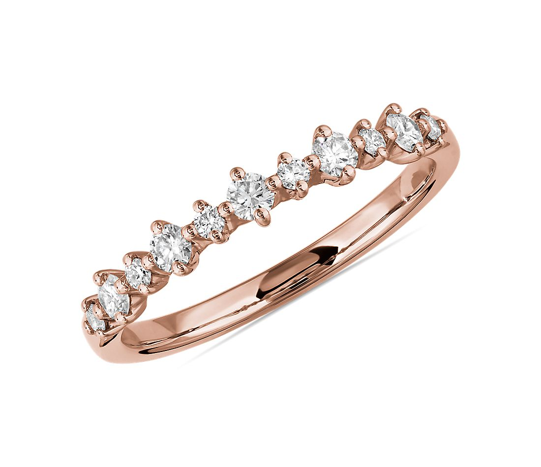 Petite Alternating Diamond Wedding Band in 14k Rose Gold (1/4 ct. tw.)