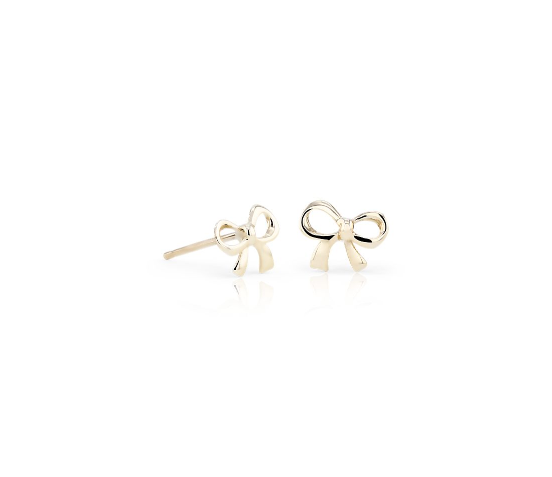 Pee Bow Stud Earrings In 14k Yellow Gold