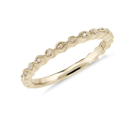 Petite Diamond Dot Stacking Ring in oro amarillo de 14 k