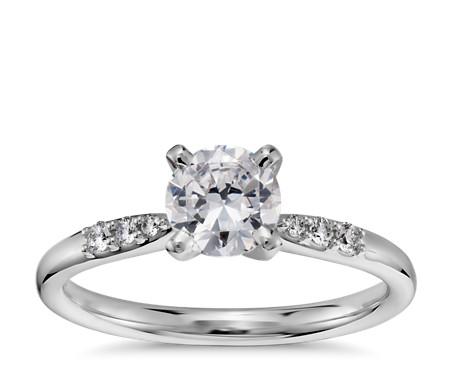 3/4 克拉 14k 白金小巧鑽石訂婚戒指,現貨供應
