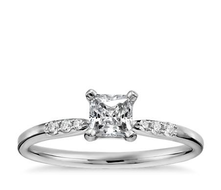1/3 克拉可供发货14k 白金公主方形小巧钻石订婚戒指