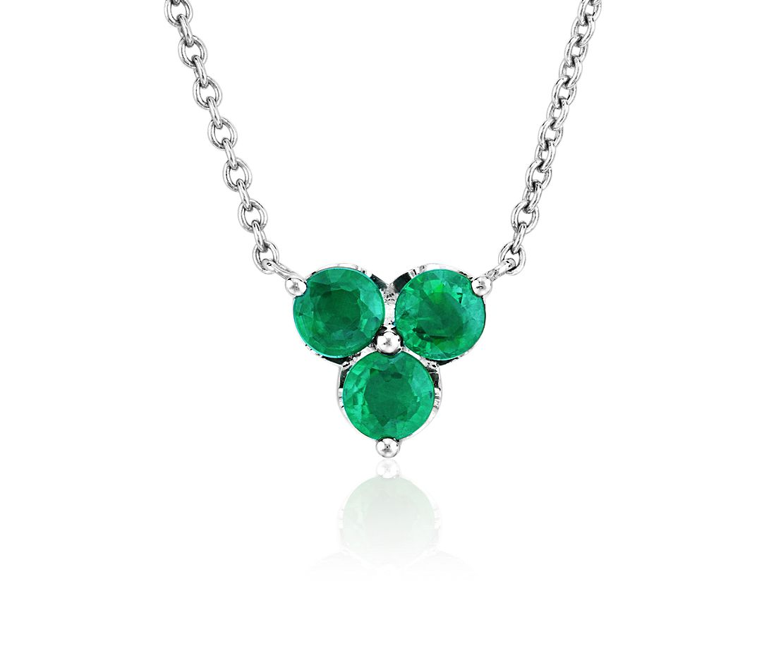 Petite Emerald Trio Cluster Pendant in 14k White Gold (2.8mm)
