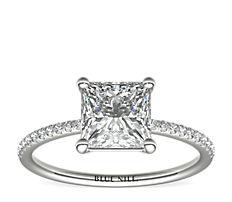 Bague de fiançailles en diamants sertis micro-pavé de petite taille en platine (0,09carat, poids total)