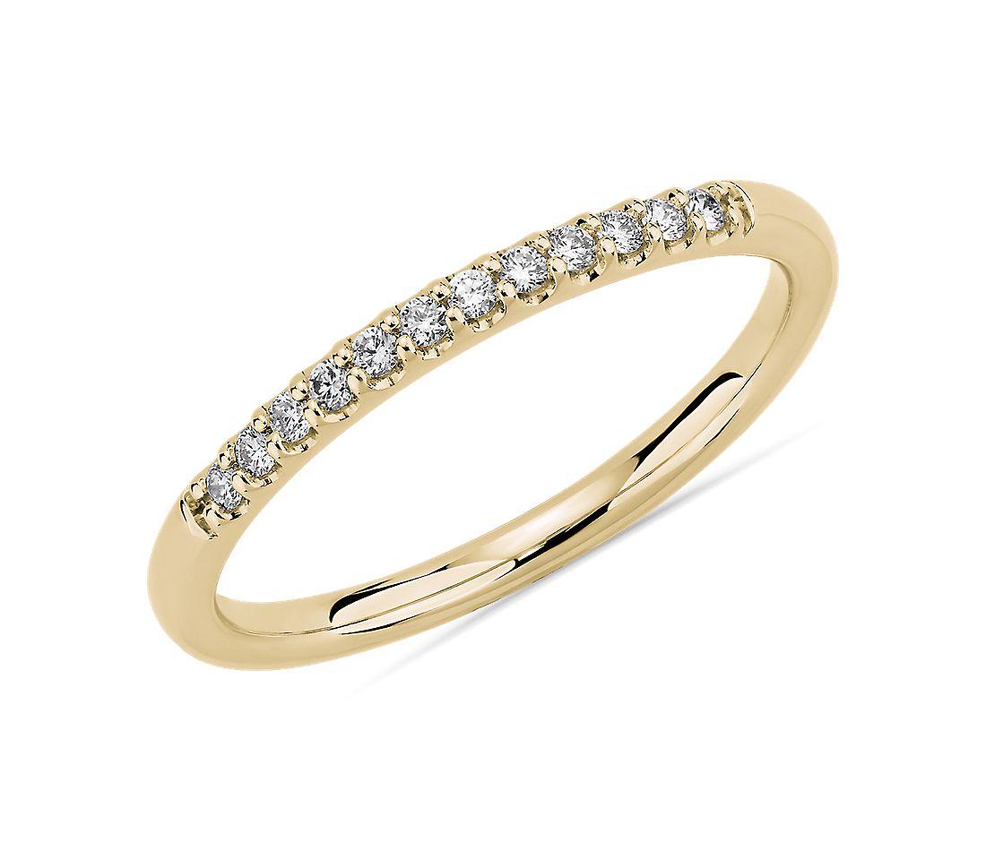 Petite Micropave Diamond Wedding Ring in 14k Yellow Gold (1/10 ct. tw.)