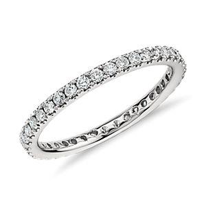 Anillo de eternidad con pavé de diamantes Riviera en platino