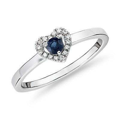 14k 白金小巧蓝宝石与钻石密钉心形戒指(3毫米)