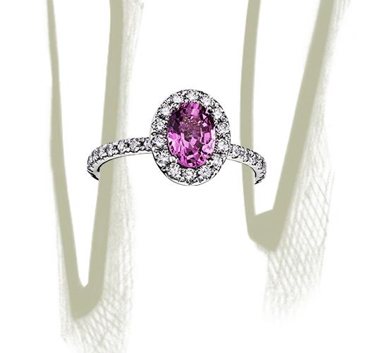 Anillo de diamantes y zafiro rosado en oro blanco de 18 k (7x5mm)