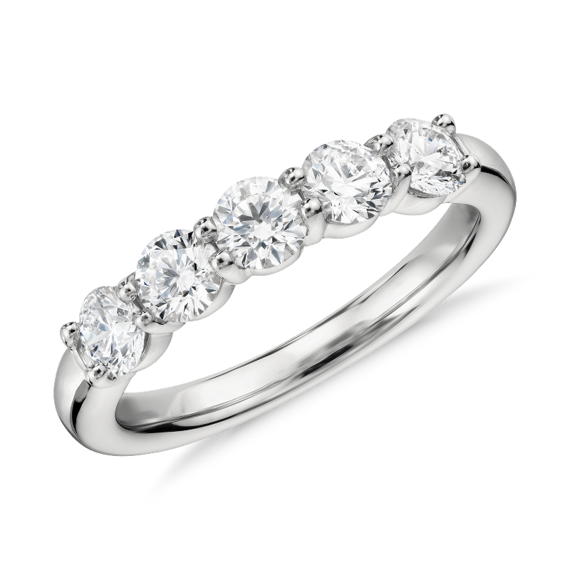 Blue Nile Signature Comfort Fit Five Stone Diamond Ring in Platin