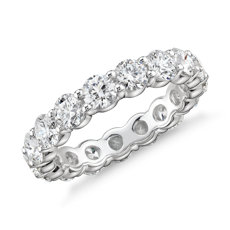 Blue Nile Signature Comfort Fit Diamond Eternity Ring in Platinum