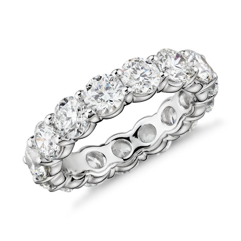 Blue Nile Signature Comfort Fit Diamond Eternity Ring in Platinum