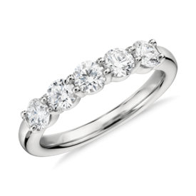 NEW Blue Nile Signature Comfort Fit Five Stone Diamond Ring in Platinum
