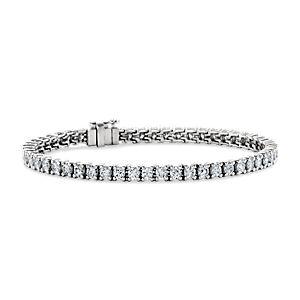 Bracelet tennis diamants de la plus haute qualité en platine (5carats, poids total)