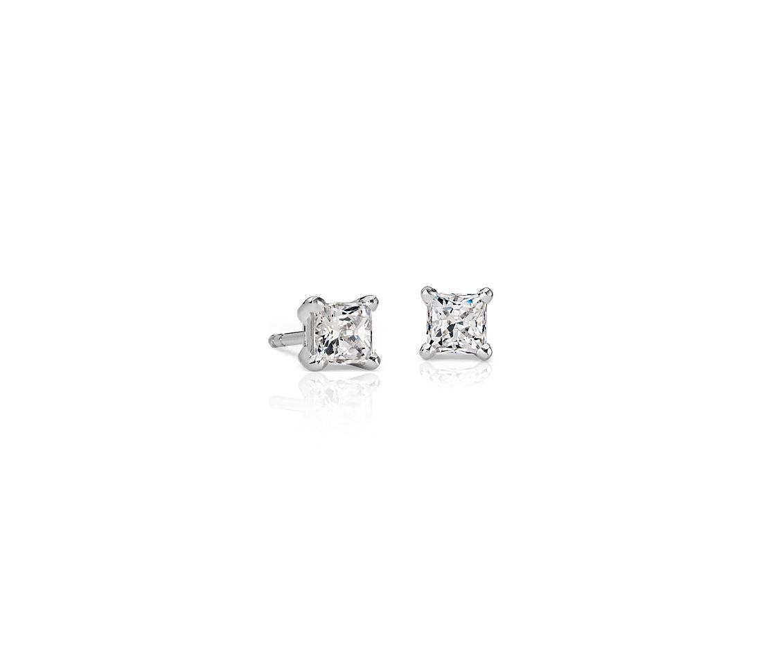 18k White Gold Four-Claw Princess Diamond Stud Earrings (3/4 ct. tw.)