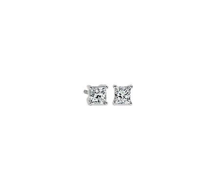 铂金公主方形钻石耳环<br>(3/4 克拉总重量)